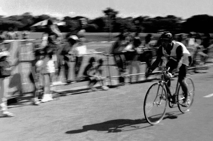 El corredor ciclista Godot en el Tour de Francia