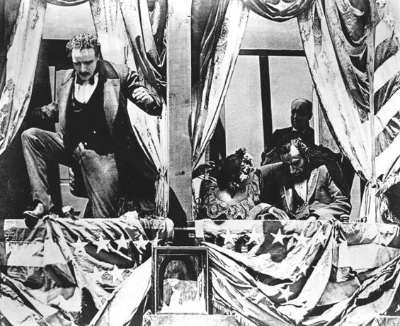 """Asesinato de Lincoln en """"El nacimiento de una nación"""""""